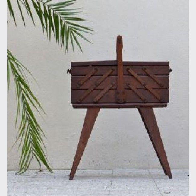 Travailleuse vintage grande boite couture bois for Boite travailleuse