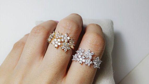 Beautiful flower ring Adjustable Gold Silver by SmallTalkJewelry, $16.80