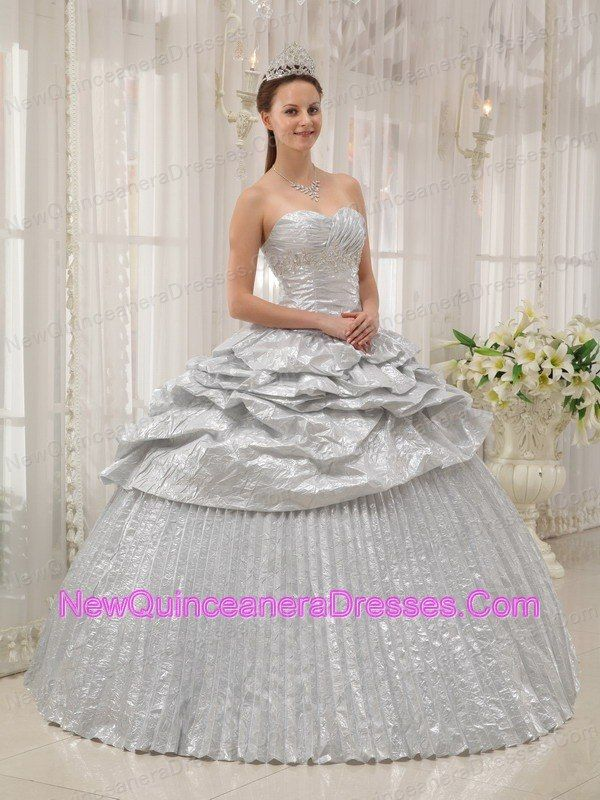 5984e16d4c9 Brand New Silver Quinceanera Dress Sweetheart Appliques Ball Gown ...