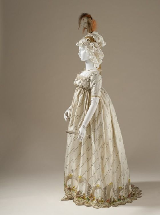 Woman's Dress (Round Gown), circa 1795. | LACMA Collections
