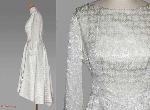 50s wedding dress brocade size M 1950 by HalloVintage on Etsy, €320.00