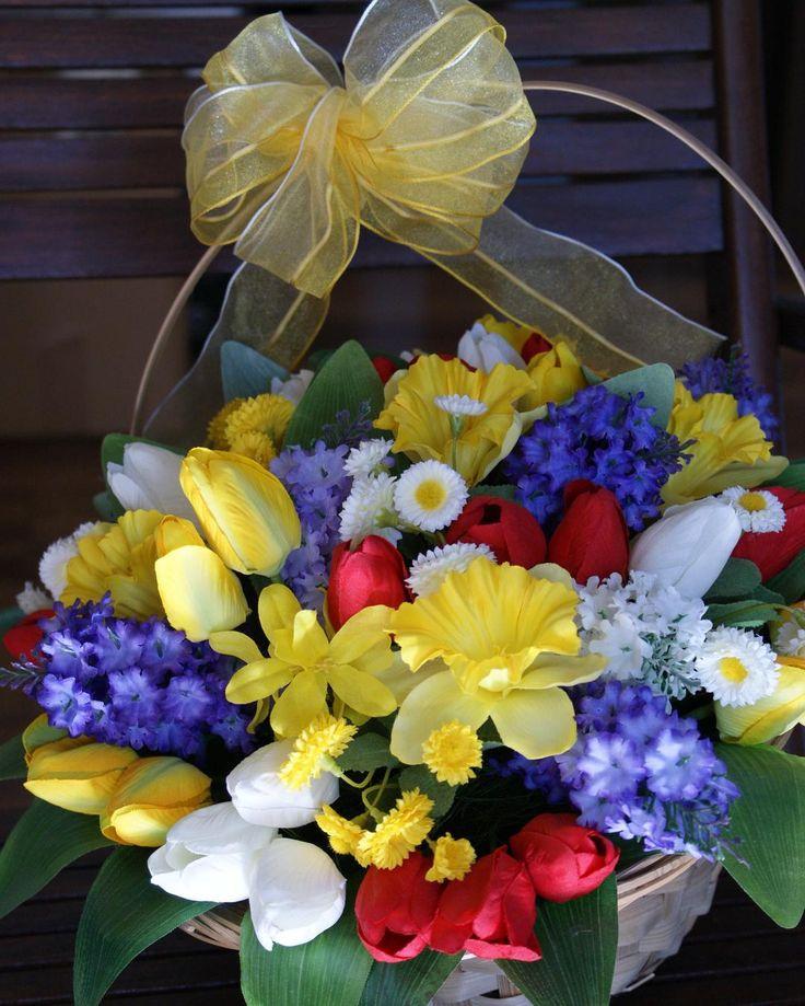 Poveste de primavara #aranjament #flori #artificiale #floriartificiale #primavara #Paste #Pasti #Sfintelepasti #decoratiuni #cadou #unicat #infrumusetare #casa #birou #flowerstagram www.beatrixart.ro