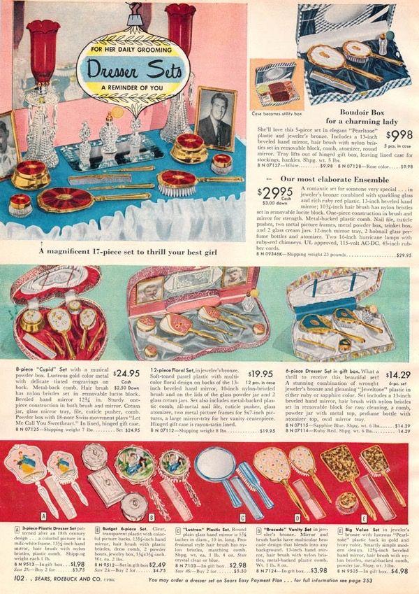 Pin By J E Hart On Random Things I Like Vintage Dressing Tables