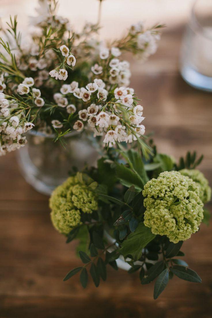 wildflower wedding decor