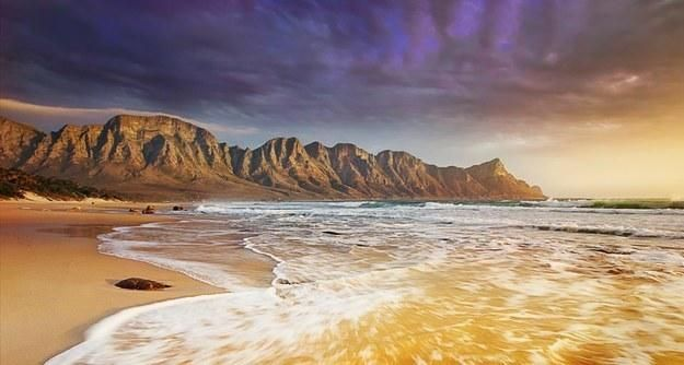 Clarens Drive declared the most beautiful coastal drive in the world! #LoveOverberg  http://www.buzzfeed.com/travelguru/the-most-beautiful-coastal-drives-in-the-world-w9r0… pic.twitter.com/UGLN1I3ZHL