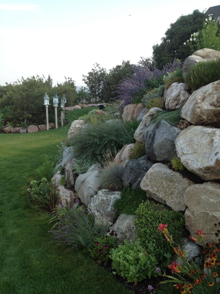 loris garden in utah click through to see more photos of this garden rock garden wallsgarden - Rock Wall Garden Designs