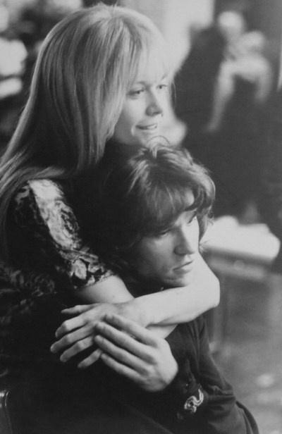Meg Ryan as Pamela Courson Val Kilmer as Jim Morrison  sc 1 st  Pinterest & 60 best the doors movie 1991 images on Pinterest   Doors movie Val ...