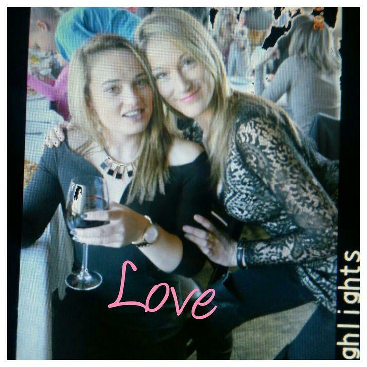 Carike Pretorius with her sister Jeanette Preis