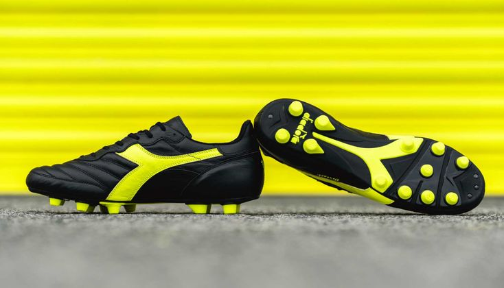 Diadora Launch The Brasil Made In Italy K Leather Pro Soccerbible In 2020 Football Boots Soccer Boots Diadora