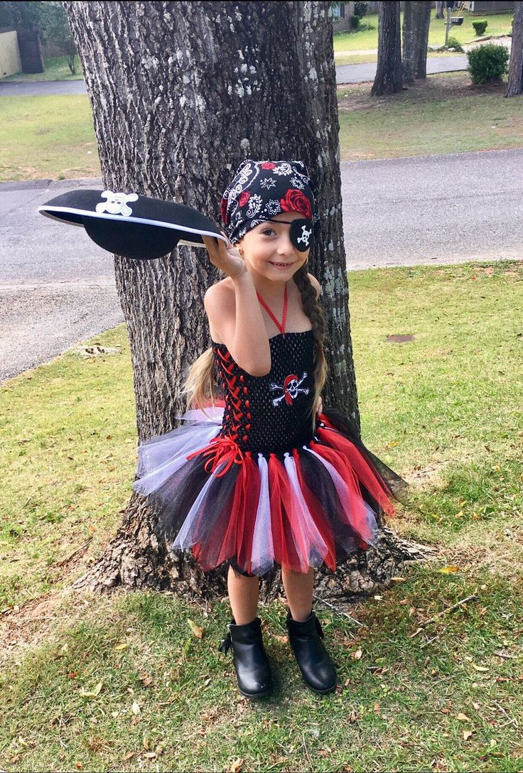 Pirate Girl tutu dress / Pirate Girl Costume by AngelinaRoseInspired on Etsy https://www.etsy.com/listing/512815922/pirate-girl-tutu-dress-pirate-girl