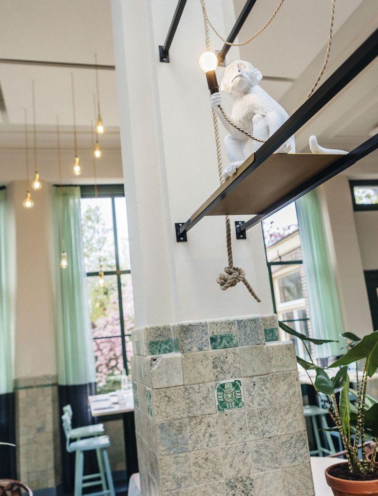Seletti Monkey Light bij Restaurant Huis Roodenburch Dordrecht. Interieurontwerpers Jolanda Branderhorst & Esther Canisius.