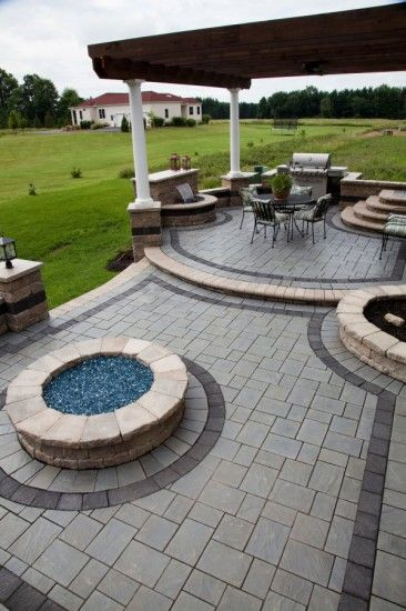 richcliff multi level patio with fire pit backyard paverspaver patternspatio - Patio Brick Designs