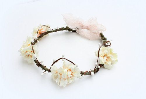 Carnation Woodland Crown