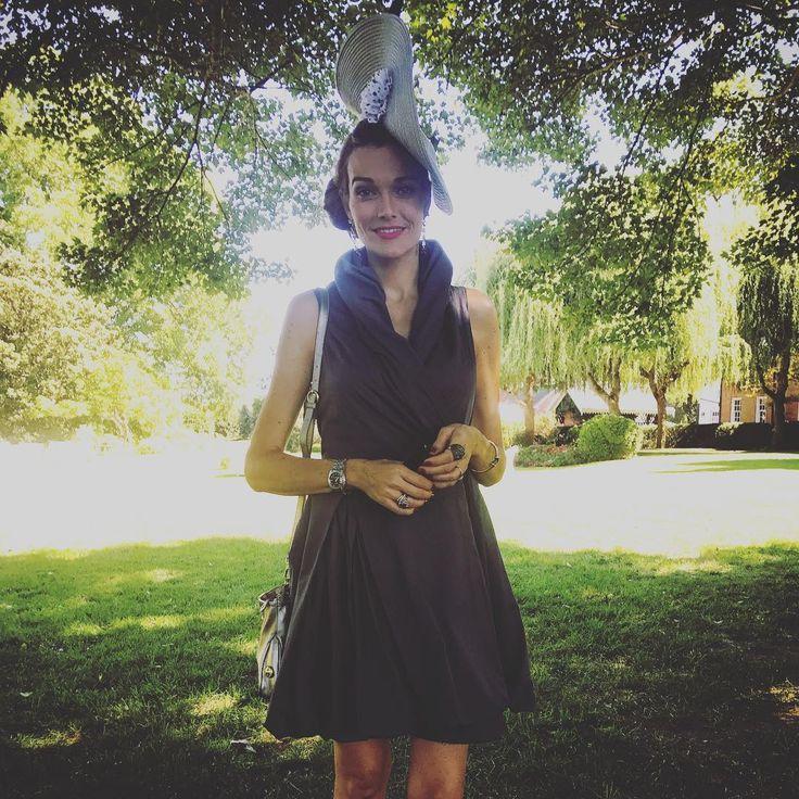 "3 Me gusta, 2 comentarios - Pilar Abella (@pilarabellaofficial) en Instagram: ""At the weeding of my darling my darling nephew!"""