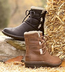 ugg-australia-womens-caspia-ankle-boots: Shoes, Australia Boot, Ugg Boots, Caspia Ankle, Ankle Boots, Ugg Australia, Women S Caspia
