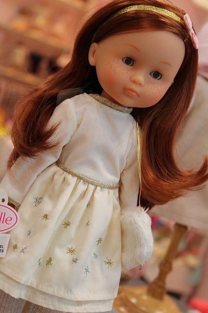 7 best my corolle les cheries dolls images on pinterest. Black Bedroom Furniture Sets. Home Design Ideas