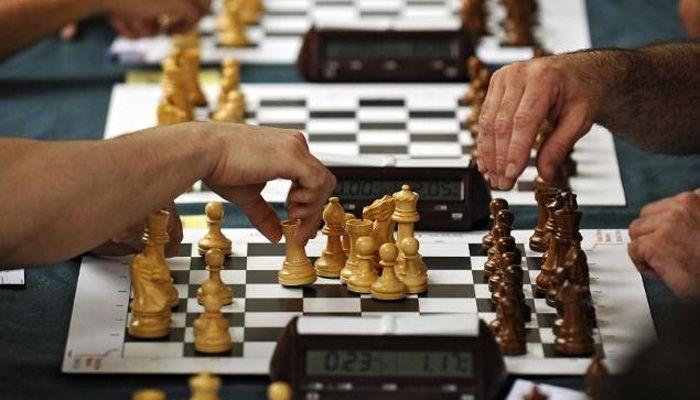 https://movesforlifeblog.files.wordpress.com/2014/12/chess1.jpg