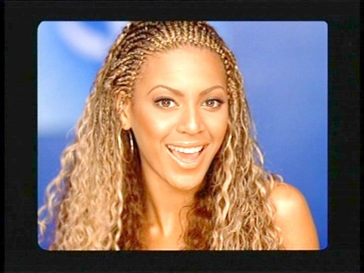 Photo of Beyonce Knowles from Destiny's Child - The Platinum's on the Wall (2001) with Destiny's Child