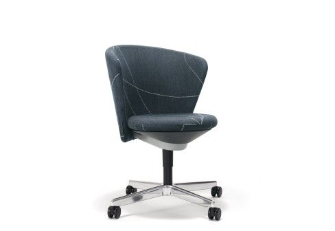 Bene: Bay Chair with custers