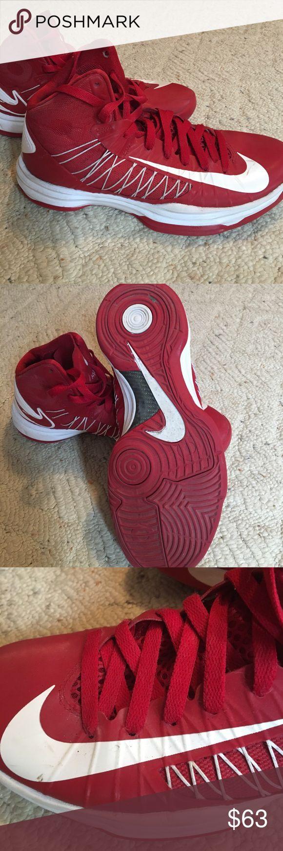 Nike Hyperdunk hi top basketball shoes Nike Hyperdunk basketball shoes Nike Shoes Athletic Shoes