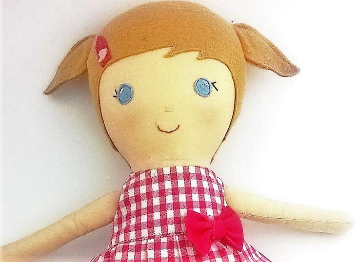 Bambola di stoffa alta 40 cm bionda con codini Bambola di pezza con vestitino a quadretti fucsia Bambina bionda con occhi azzurri di CucuKids su Etsy