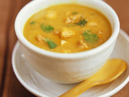 Hähnchen-Curry-Suppe (Mulligatawny Suppe)