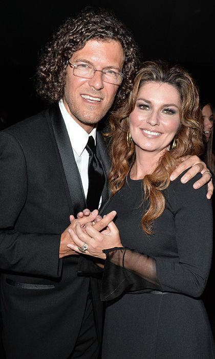 """( ☞ 2017 ★ CELEBRITY MUSIC ★ SHANIA TWAIN """" Country ♫ country pop ♫ country rock ♫ pop ♫ """" ★ Shania Twain & Frederic Thiebaud. """" ) ★ ♪♫♪♪ Eilleen Regina Edwards - Saturday, August 28, 1965 - 5' 4"""" 110 lbs 36-24-35 - Windsor, Ontario, Canada."""