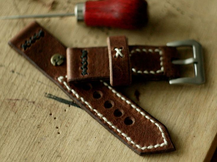 24mm natural hand made leather strap :http://zappacraft.com/index.php/product/no-1/