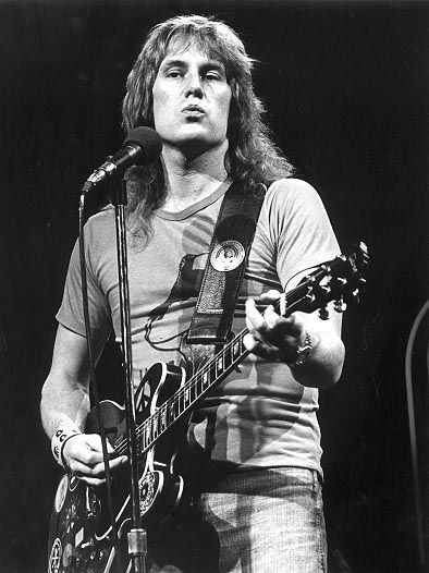 Musician/singer/songwriter Alvin Lee was born today 12-19 in 1944. He was the lead singer for the group Ten Years After. He played with the band at Woodstock. He had a semi successful solo career after departing the group in 1973. He passed in 2013.