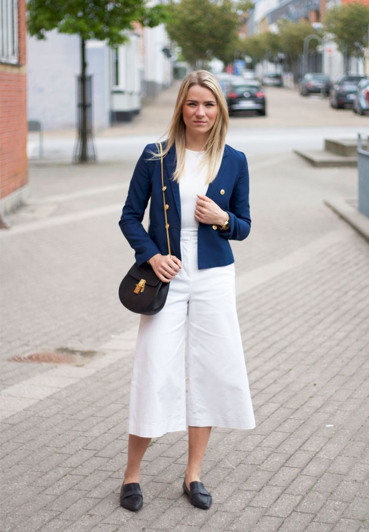 Hello sailor <3  Visit my blog for more pics malenemandrup.dk/ #chloé #drew #bag #mango #loafers #summer #spring #mystyle #streetstyle #personalstyle #fashion #fashionista #style #outfit #ootd #fashionblog #blogger #girl #sailor #culottes #blue #blazer