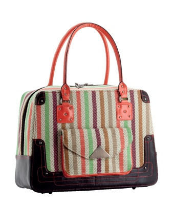 So this is the latest S&R handbag I picked up from Lorena's Boutique (a local shop that stocks handbags and jewellery).. hang on a moment and I'll post the other one as well..