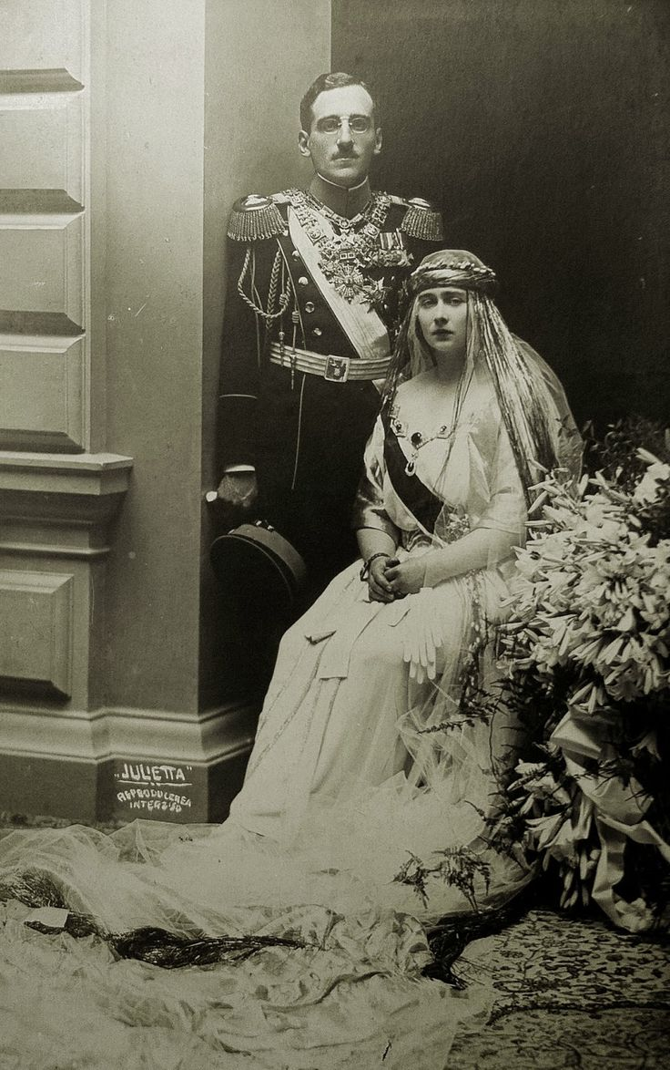 "Princess Marie ""Mignon"" of Romania in the day of her wedding with Alexander I of Yugoslavia. 1922"