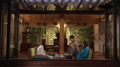 LAMP: Modern Reforms: The Korean Hanok (한옥)