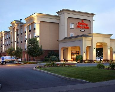 Hampton Inn & Suites by Hilton Montreal-Dorval Hotel, Quebec, Canada - Hotel Exterior