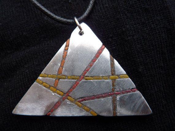 triangle pendant di MOSAICANDARTS su Etsy