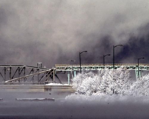 bridge from International falls to Fort Francis, Canada