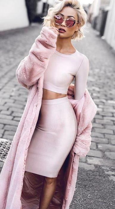 blush outfit inspiration / crop top + pencil skirt + fur coat