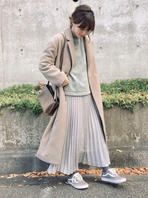 0350c666e06 てら|GUのスウェットを使ったコーディネート【2019】 | Fashion | Coordinate | 春 ブラウス、ベージュコート、スカート 風
