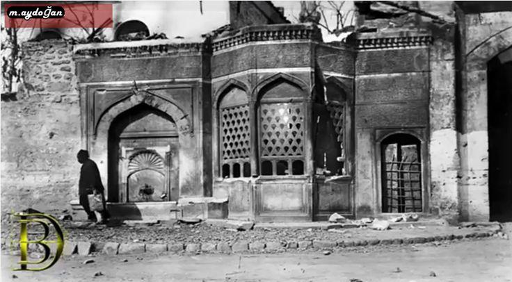 osmanlı ibret veya cellat çeşmesi denilen çeşmeler...infazların yapıldığı çeşme, cellatlar bu çeşmenin arkasındaki odalarda kalırdı