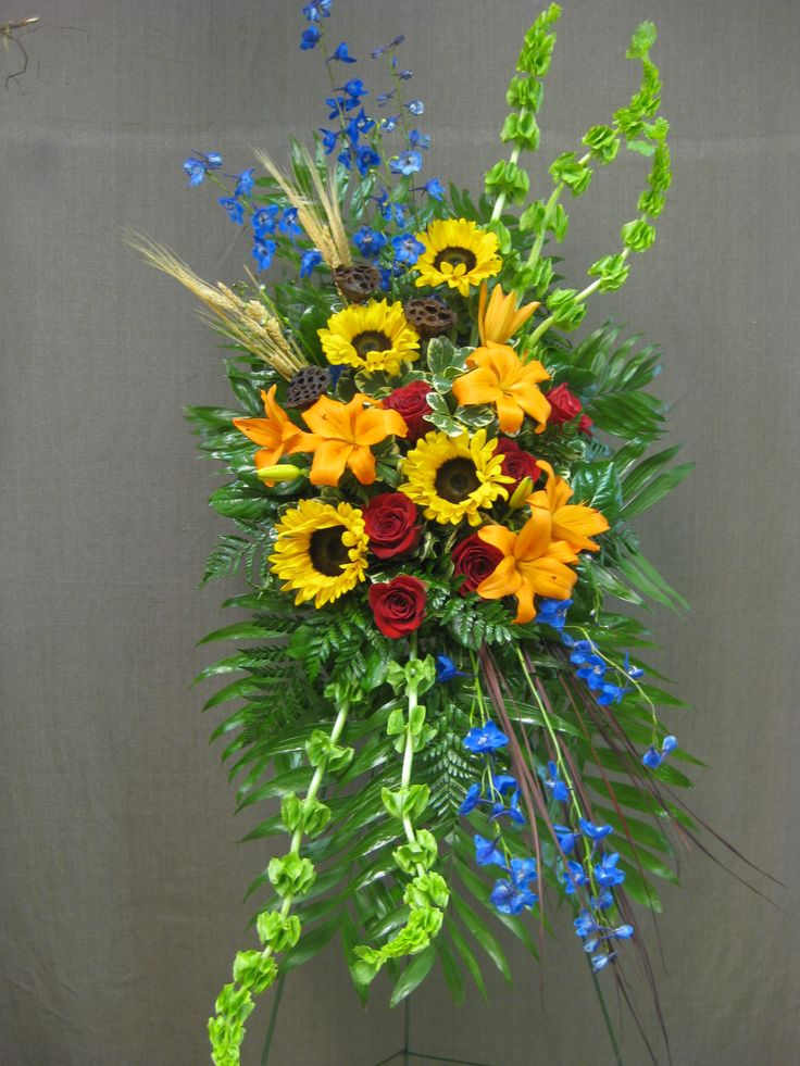 Standing Funeral Spray. #funeralflowers #spray #sunflowers