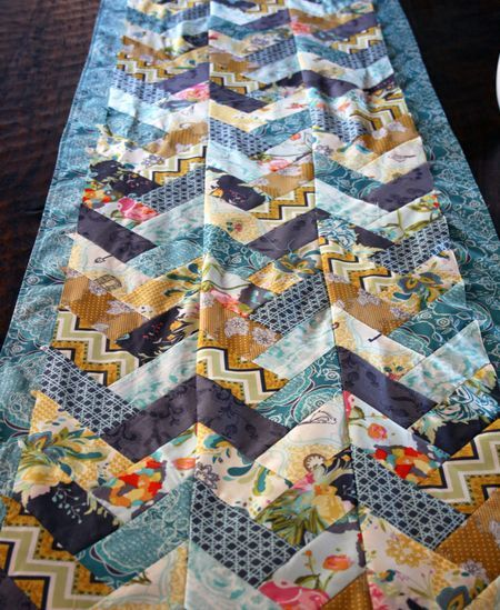 Braid Quilt Pattern Table Runner : 17 Best images about Quilt - zig zag on Pinterest Table runners, Braid quilt and Finals