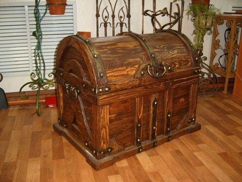 Кованая мебель,кровать кованая,прихожие кованые,вешалки,комоды,сундук кованый,бра кованое,светильник - Сундук кованый