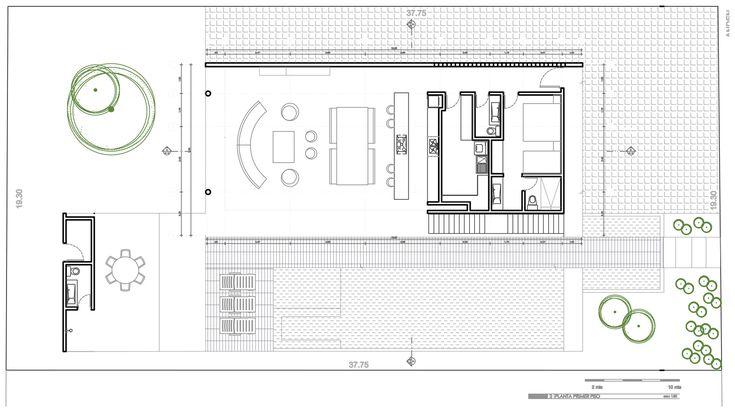 Casa GM1- GIRARDOT by Giovanni Moreno Arquitectos