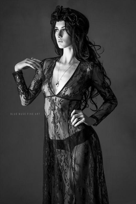 Blue Muse Fine Art  Model: Scarlett Paige  #fashion #style #art #love #model #modeling #fineartmodeling #finert #lace #DarkBeauty