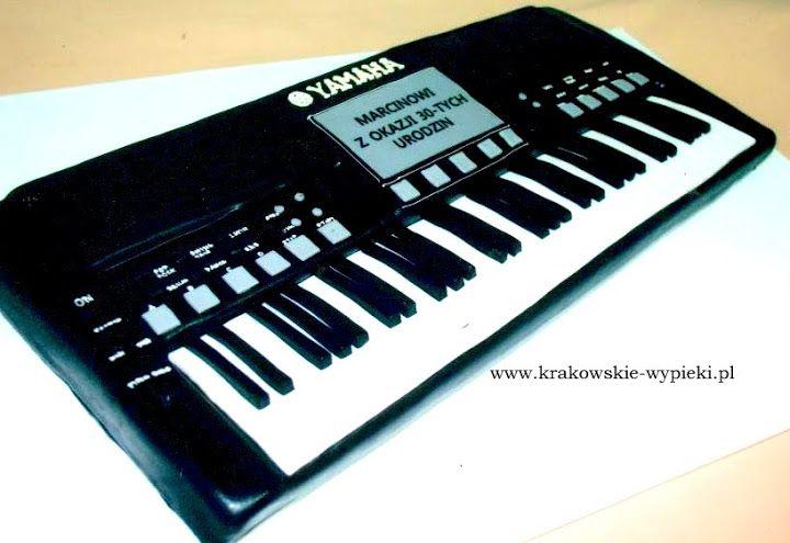 Tort Keyboard zrobiony przez Cukiernię Krakowskie Wypieki