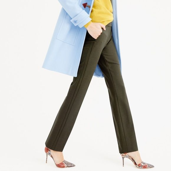NWT J CREW CAMPBELL TROUSER WOOL J CREW CAMPBELL TROUSER WOOL never worn with tags. Made from signature bi stretch wool. Absolutely beautiful, professional. Comes in color pictured & with extra buttons. Message with questions! J. Crew Pants Trousers