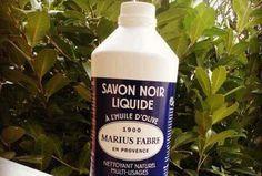 Il est grand temps d'en savoir plus sur les nombreuses utilisations du savon noir. Ce produit 100 % naturel à base d'huiles végétales remplace la plupart de vos produits ménagers.  Découvrez l'astuce ici :