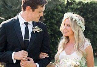 Эшли Тисдейл поделилась свадебными фото Vielle.ru...