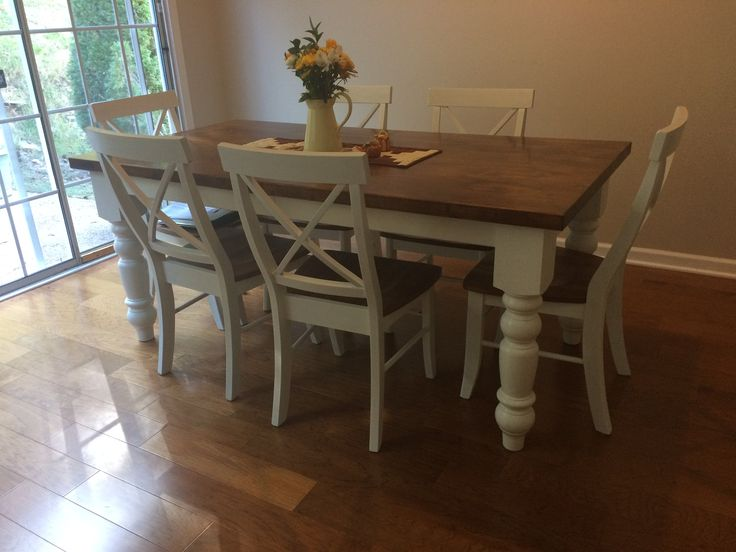 James Expandable Baluster Table