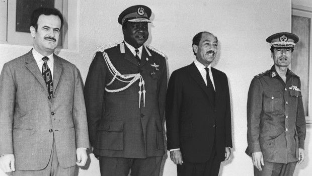 Photo of Hafez al Assad, Idi Amin, Anwar Sadat and Muammar Gaddafi meeting in 1972.